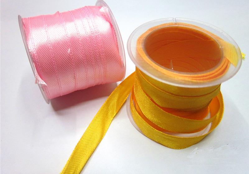 Ribbons-001